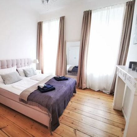 Rent this 4 bed apartment on Kamminer Straße 5 in 10589 Berlin, Germany