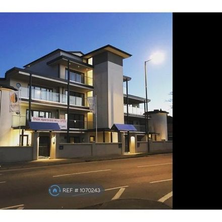 Rent this 2 bed apartment on Braywick Road in Maidenhead SL6 1RE, United Kingdom