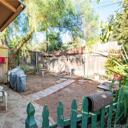Rent this 1 bed house on 9500 Rowell Avenue in Chatsworth Lake Manor, Ventura County