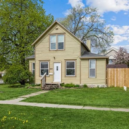 Rent this 2 bed apartment on 233 Washington Avenue in Ames, IA 50010