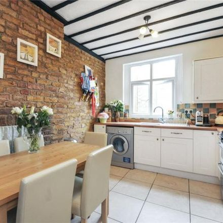 Rent this 2 bed apartment on ZaZa in Church Street, Rickmansworth WD3 1DE