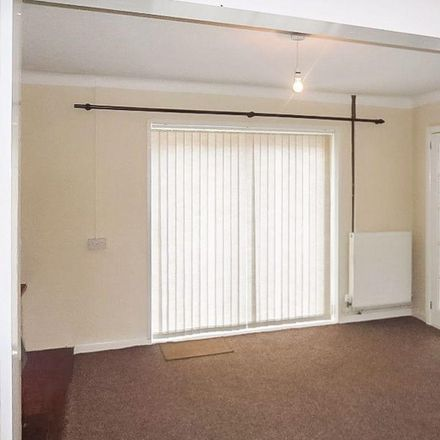 Rent this 3 bed house on Longview Road in Baglan SA12 7AB, United Kingdom
