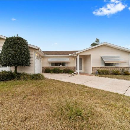 Rent this 3 bed house on SE 95th Cir in Summerfield, FL