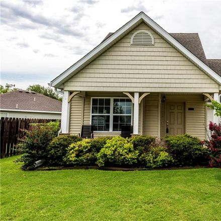 Rent this 3 bed house on W Pecan St in Fayetteville, AR