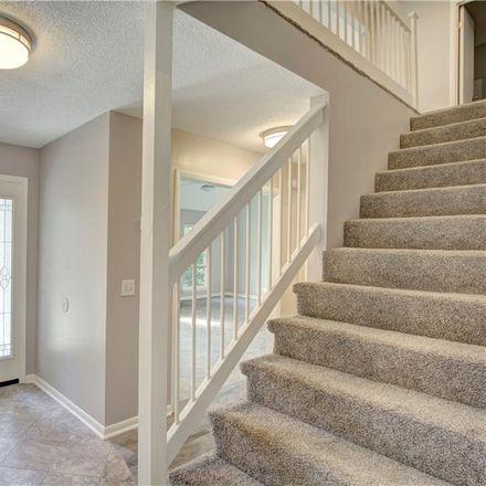 Rent this 3 bed house on Dunbarton Dr in Saint Simons Island, GA