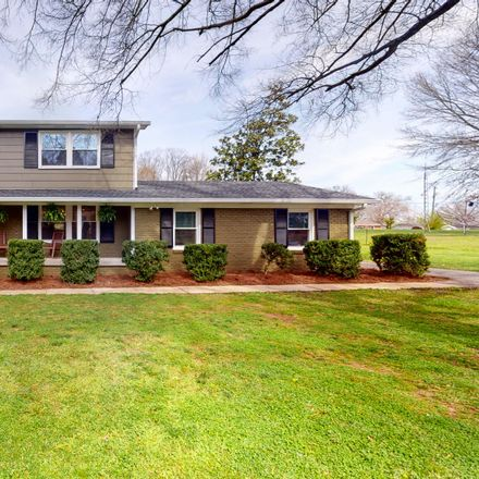 Rent this 3 bed house on 4002 Trotwood Avenue in Columbia, TN 38401