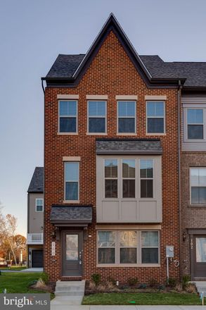 Rent this 3 bed townhouse on Cape Teal Ct in Upper Marlboro, MD