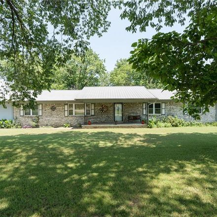 Rent this 3 bed house on 434 N State Hwy 109 in Magazine, AR