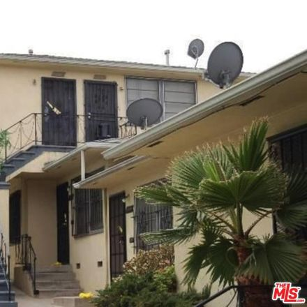 Rent this 1 bed condo on W Florence Ave in Los Angeles, CA