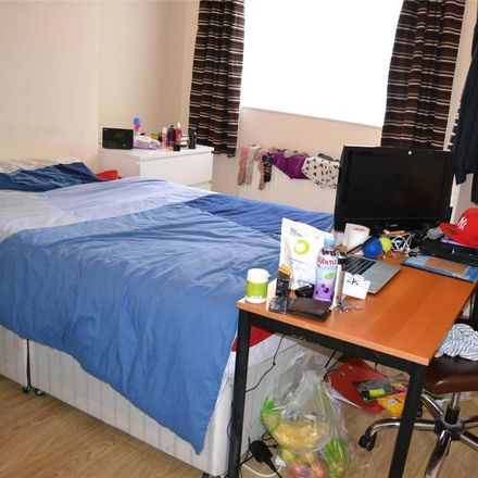 Rent this 5 bed house on 30 Filton Avenue in Bristol BS7, United Kingdom