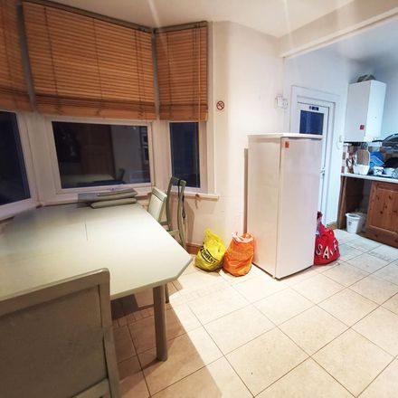 Rent this 5 bed room on Wanstead Park Road in London IG1 3TH, United Kingdom