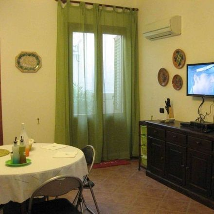 Rent this 1 bed room on Piazzetta dei Tedeschi in 20, 90134 Palermo PA