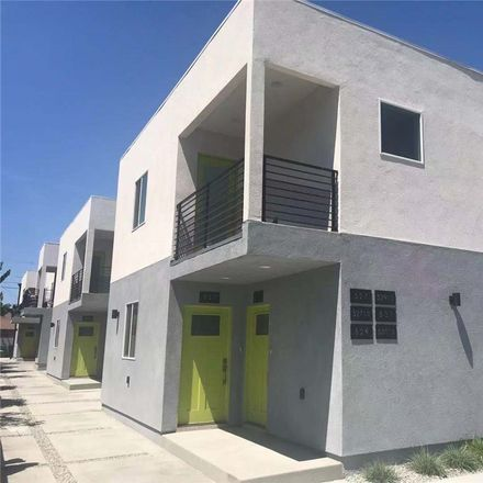 Rent this 3 bed apartment on 527 West 80th Street in Los Angeles, CA 90044