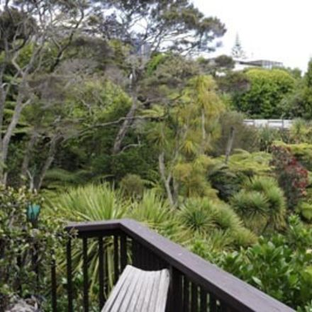 Rent this 1 bed duplex on Kaipatiki in Hillcrest, AUCKLAND