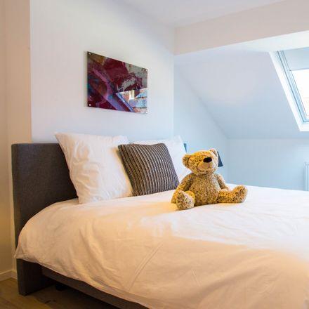 Rent this 7 bed room on Avenue Père Damien - Pater Damiaanlaan 56 in 1150 Woluwe-Saint-Pierre - Sint-Pieters-Woluwe, Belgium