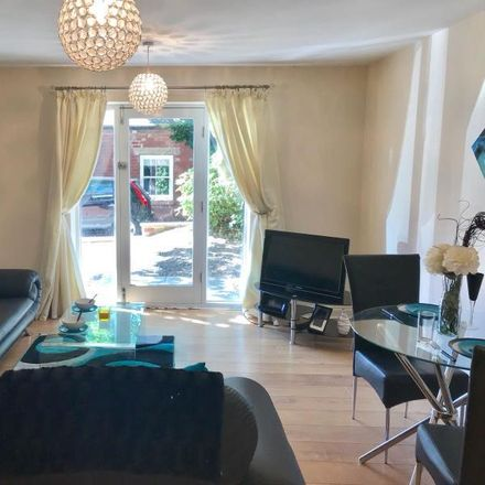 Rent this 2 bed apartment on Headingley Court in Leeds LS6 2BR, United Kingdom