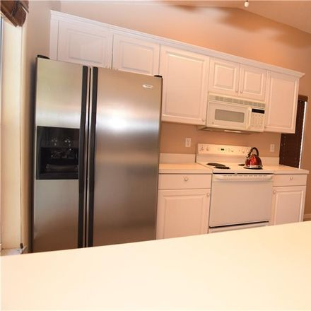 Rent this 3 bed condo on 8355 Glenrose Way in Sarasota, FL