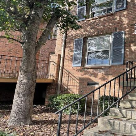 Rent this 2 bed condo on 390 Hickory Place in Nashville, TN 37214