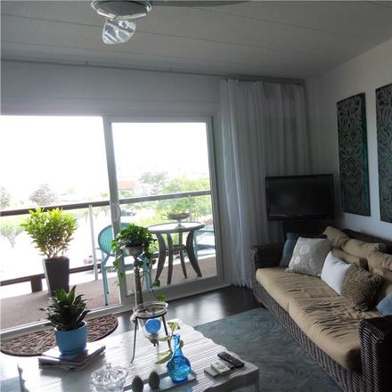 Rent this 1 bed apartment on Newport