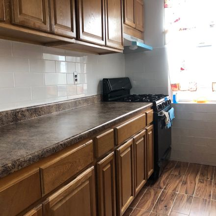 Rent this 4 bed apartment on 2513 Radcliff Avenue in New York, NY 10469