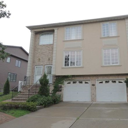 Rent this 3 bed apartment on 107 Chestnut Street in Lodi, NJ 07644