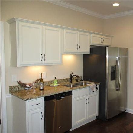 Rent this 2 bed condo on Vollan Ct in Hendersonville, TN