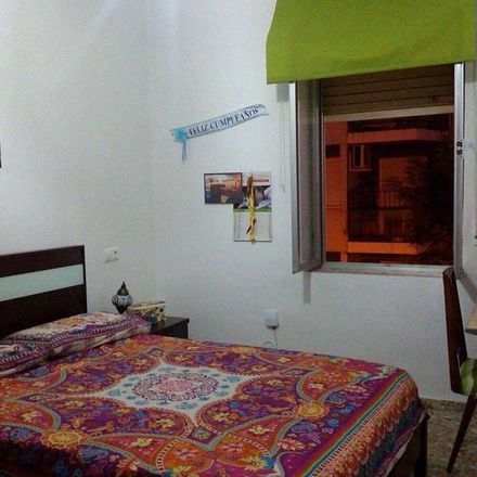 Rent this 1 bed apartment on Calle Don Lope de Sosa in 14004 Cordova, Spain