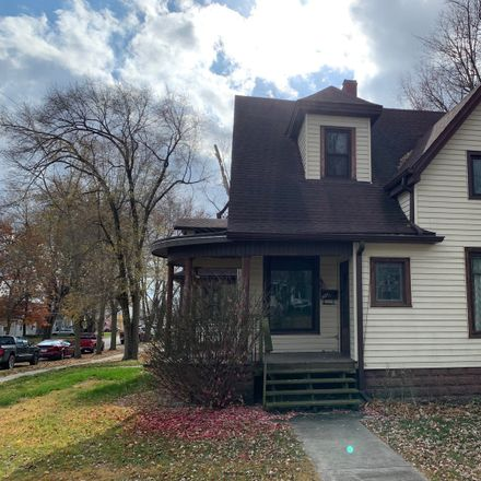 Rent this 3 bed house on 307 East Madison Street in Mackinaw, IL 61755