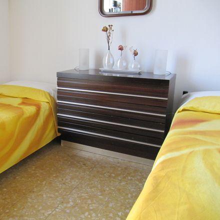 Rent this 2 bed room on Viale Lunigiana in 4, 20125 Milano MI