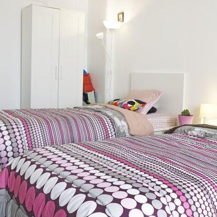 Rent this 5 bed apartment on Avenida Dom Rodrigo da Cunha 8 in 1700-112 Lisbon, Portugal