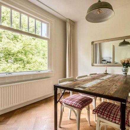 Rent this 1 bed room on Nieuwmarkt in 1011 JS Amsterdam, Netherlands