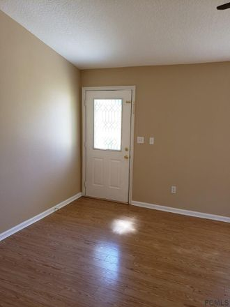 Rent this 3 bed apartment on 28 Palmyra Lane in Palm Coast, FL 32164