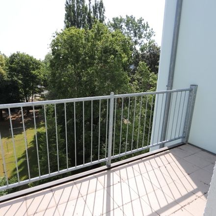 Rent this 2 bed apartment on Blücherstraße 9 in 09126 Chemnitz, Germany