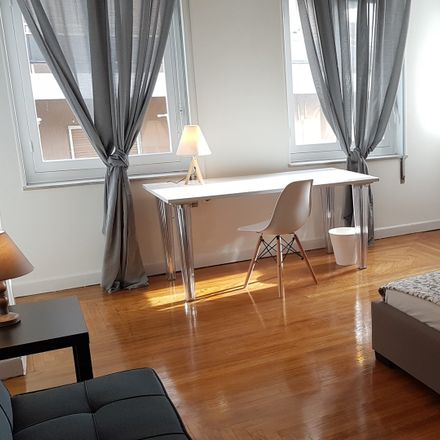 Rent this 6 bed room on Φαιδριάδων 3 in Αθήνα 113 64, Ελλάδα