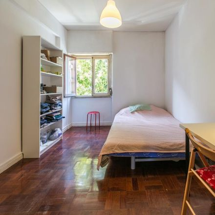 Rent this 12 bed room on Travessa do Possolo 11 in 1350-252 Lisboa, Portugal