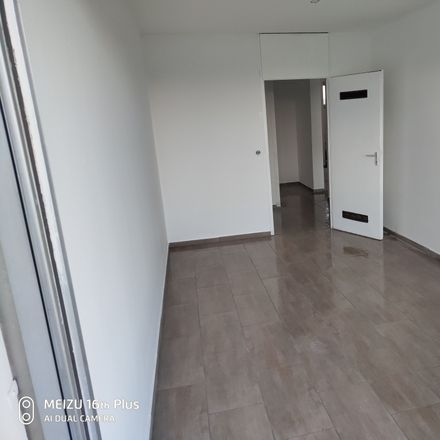 Rent this 4 bed apartment on Nußbaumallee 4 in 50169 Kerpen, Germany