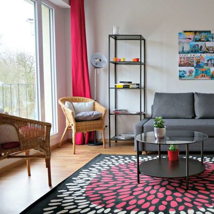 Rent this 1 bed apartment on Rue du Ballon in 59110 La Madeleine, France
