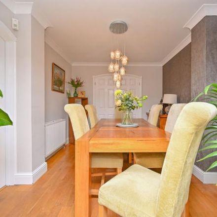 Rent this 4 bed house on Meissen Avenue in Desborough, NN14 2YB