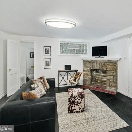 Rent this 3 bed condo on 6409 North 16th Street in Philadelphia, PA 19126