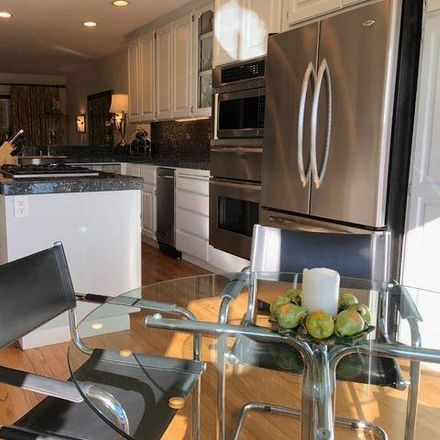 Rent this 4 bed condo on 5975 Dry Oak Court in San Jose, CA 95120