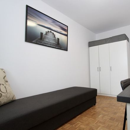 Rent this 3 bed room on Szczepińska 10 in 53-655 Wroclaw, Poland