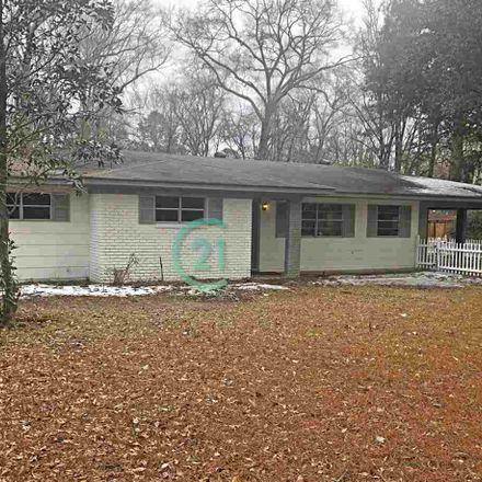 Rent this 4 bed house on 5318 Venetian Way in Jackson, MS 39211