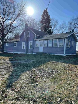 Rent this 3 bed house on Surrey Ln in Elkhart, IN