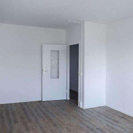 Rent this 4 bed apartment on Hutungstraße 45 in 03044 Cottbus - Chóśebuz, Germany