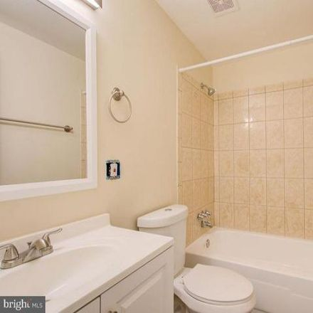 Rent this 3 bed condo on 19315 Archdale Road in Germantown, MD 20876