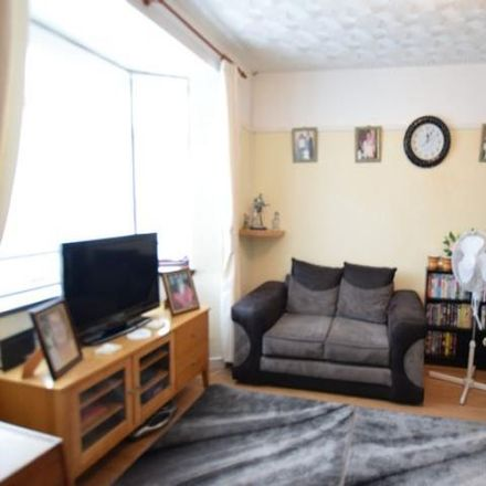 Rent this 3 bed house on Lansbury Avenue in Cefn Hengoed CF82 7HB, United Kingdom