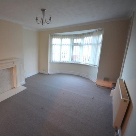 Rent this 3 bed apartment on Spice Of Deckham in Split Crow Road, Gateshead NE10 9HH