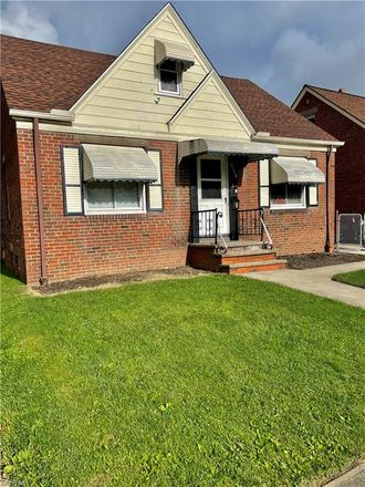 Rent this 3 bed house on 4465 West 137th Street in Cleveland, OH 44135