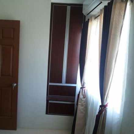 Rent this 3 bed house on Talisay City Hall in Fidel Bas, Talisay