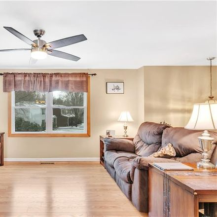 Rent this 3 bed house on Castle Hill Rd in Monroeville, PA